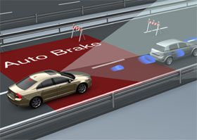 Volvo-Collision-Warning-Auto-Brake-b.jpg