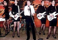 Might As Well Face It Im Addicted To Love  >> Addicted To Love Star Dies Robert Palmer Music Style