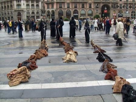 Fur-drag-demo-milan.JPG