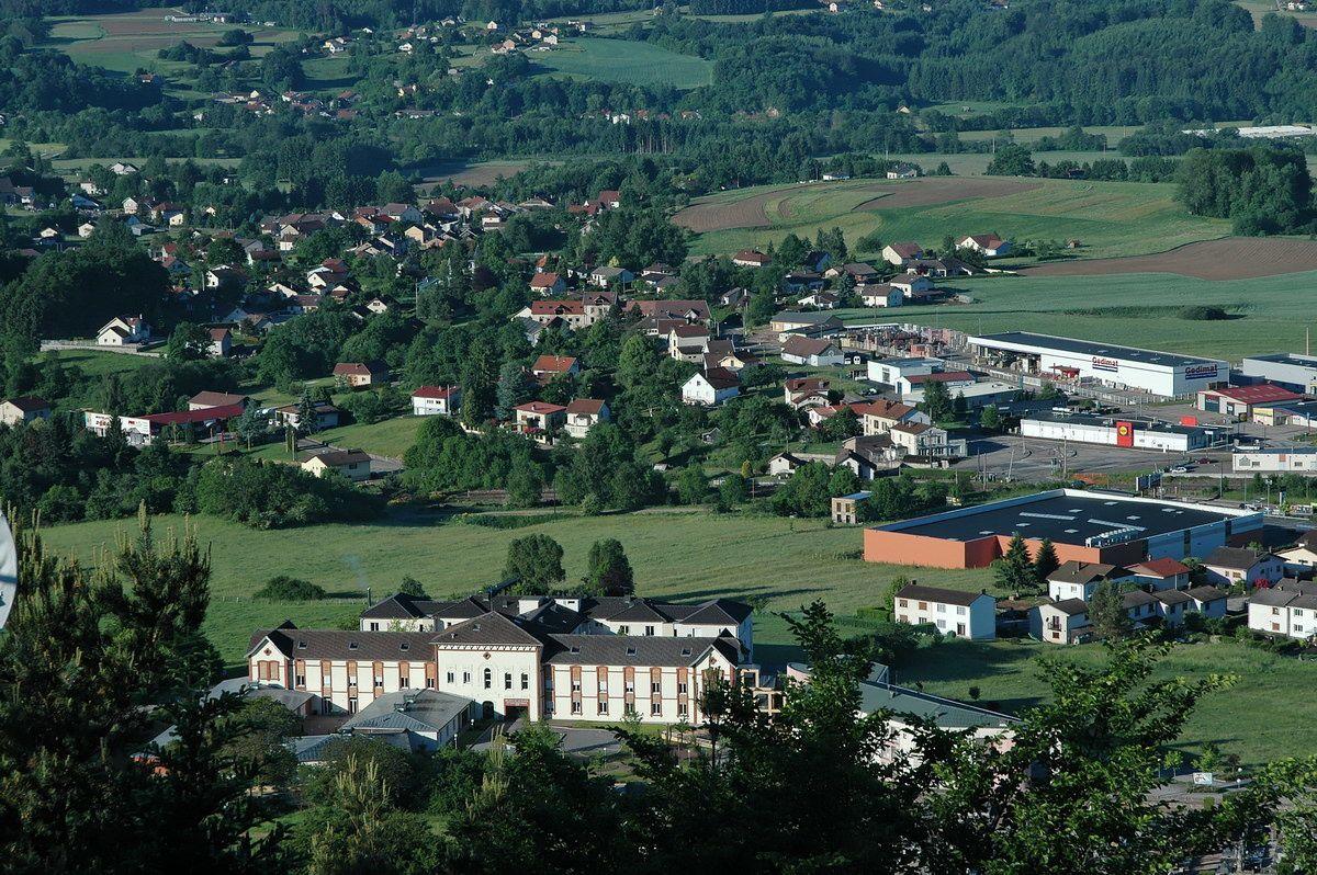 Photographies prises en parcourant les chemins de la montagne de l'Avison et depuis le sommet du Mirador sur Bruyères et ses environs.