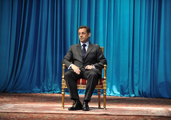 http://idata.over-blog.com/0/20/49/74/documentaires3/TNT/looking-sarkozy-afp_Eric-Feferberg.jpg
