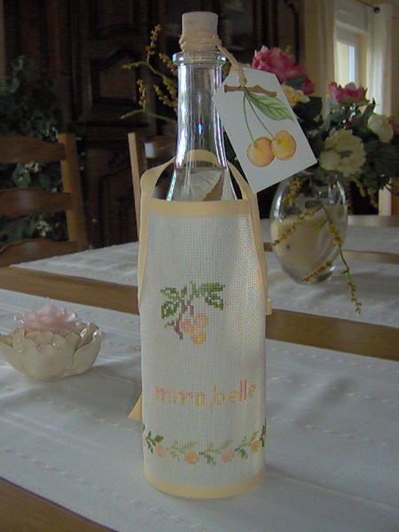 tablier-bouteille-mira1.jpg
