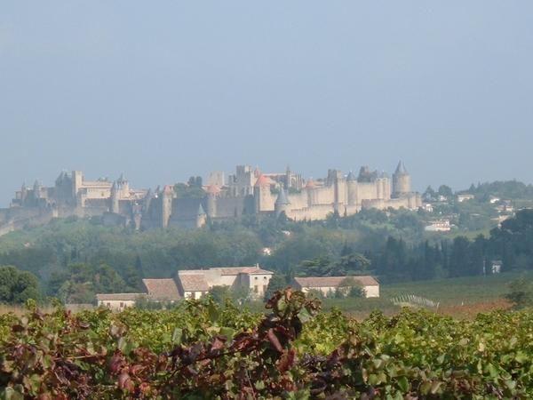 1---La-Cit---et-ses-remparts---Carcassonne---Octobre-2006.JPG