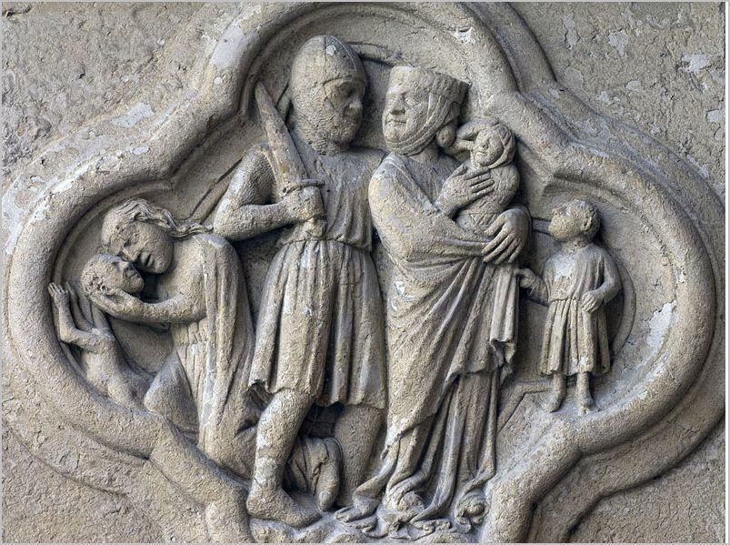 massacre des innocents. Bas-relief du soubassement du portail de sud « de la Mère-Dieu » de la façade occidentale de la cathédrale Notre-Dame d'Amiens. 1220-1230.