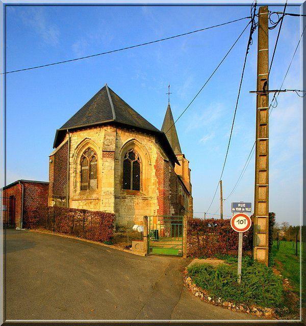 Point de défense visible pour cette église !