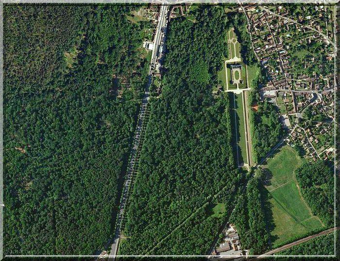 Au Sud de la forêt de Fontainebleau, une château attend ma visite