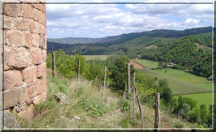 Le panorama est la richesse de toutes les ruines médiévales