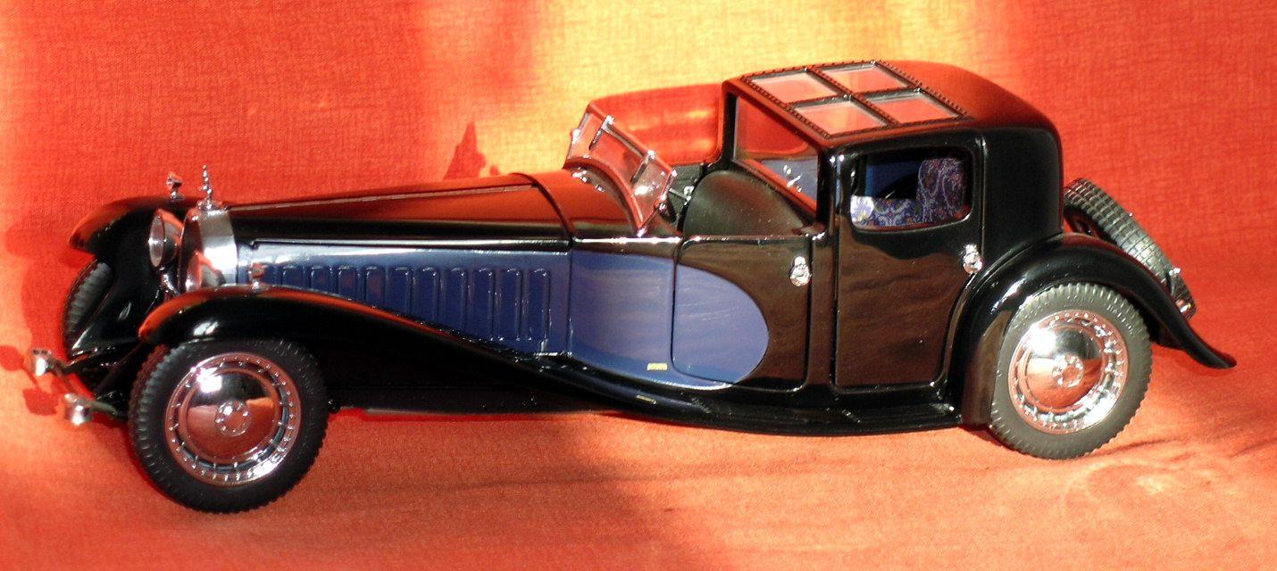 Bugatti 41 Coupé Napoléon 1930 Bugatti 57SC Atalante 1936 Miniature au 1/24ème de Franklin Mint Précision