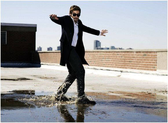 Jake Gyllenhaal Esquire 2010 (4)