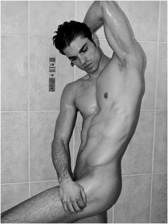 Hot-naked-guy (3)