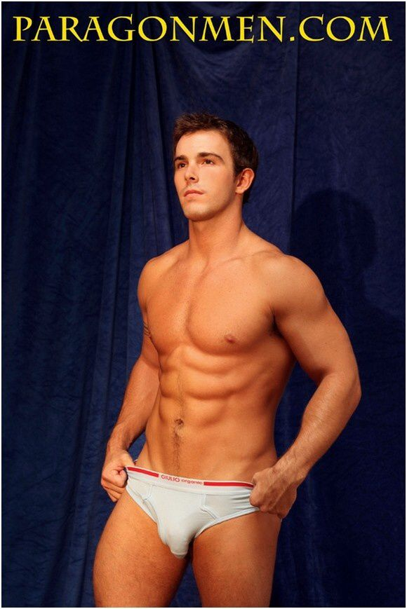 Ian Turner Huge bulge (6)