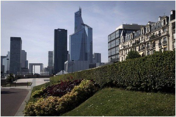 Tour-First-La Defense-Paris (2)