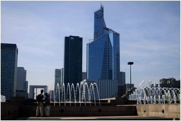 Tour-First-La Defense-Paris (4)