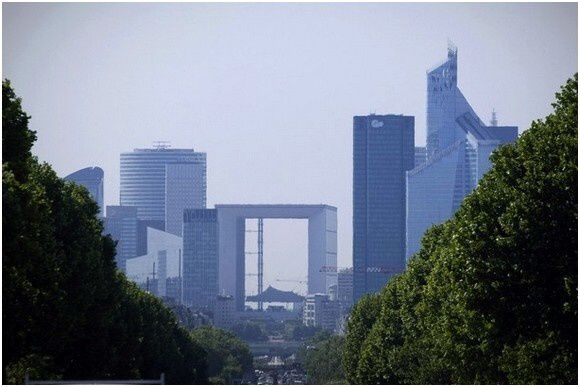 Tour-First-La Defense-Paris (5)