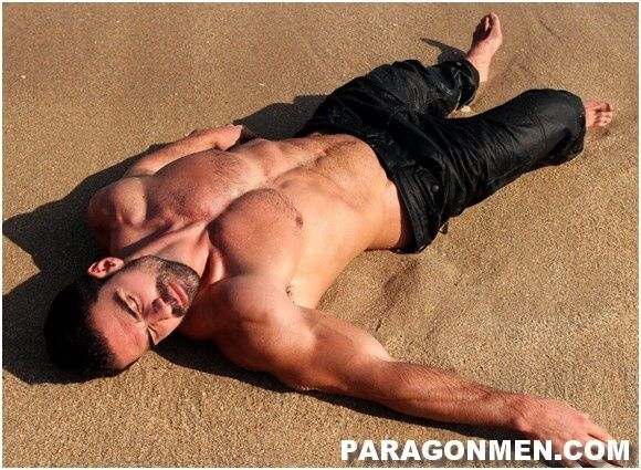 Joaco-Caneco-Big-Muscle-Guy (5)