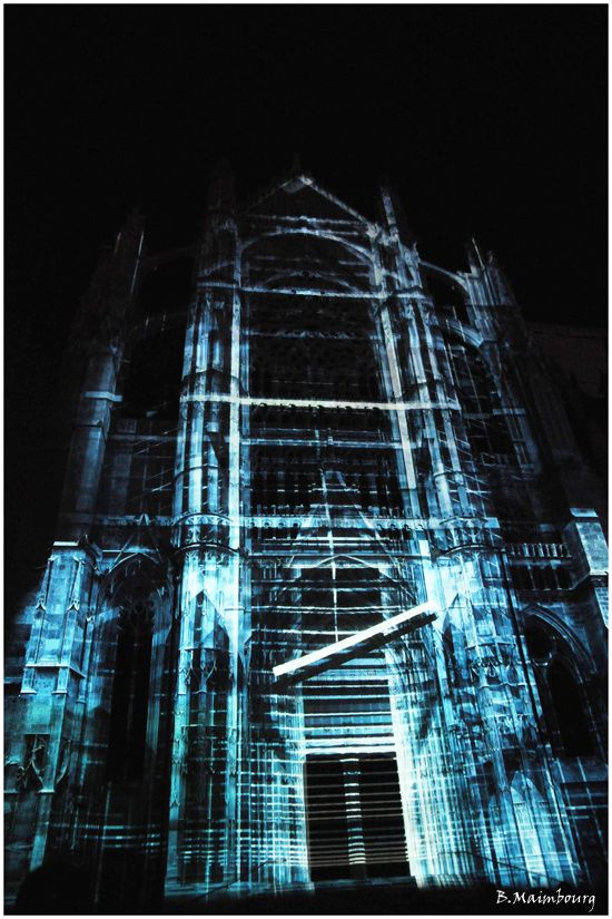 Beauvais-la cathedrale infinie-son et lumiere-5