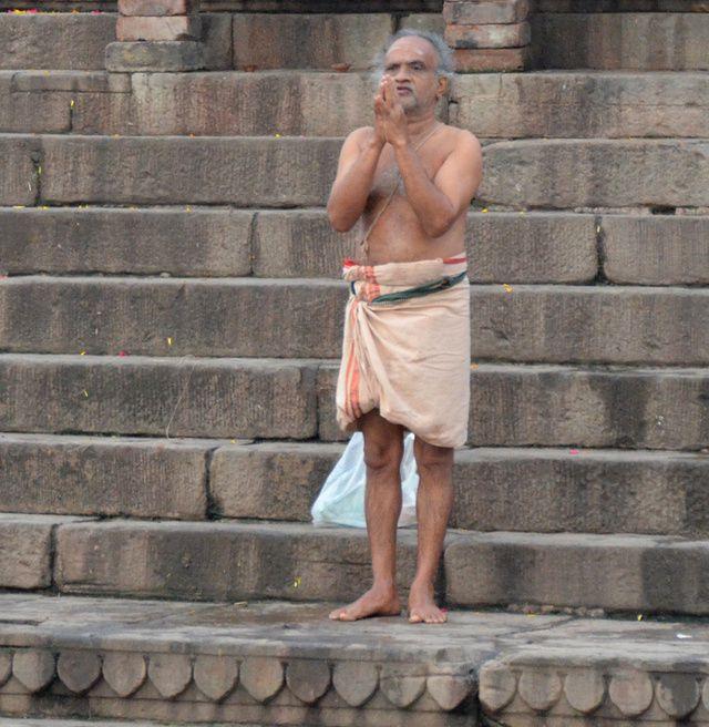 2108_Varanasi-ghats-lever-soleil.jpg