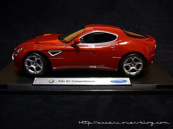1-18 Alfa Romeo 8C competizione Welly 03