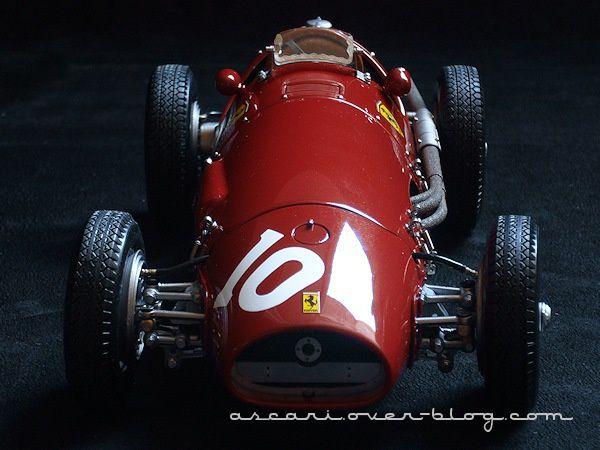 1-18 Ferrari 500 F2 N°10 Ascari Motorbox Exoto 12