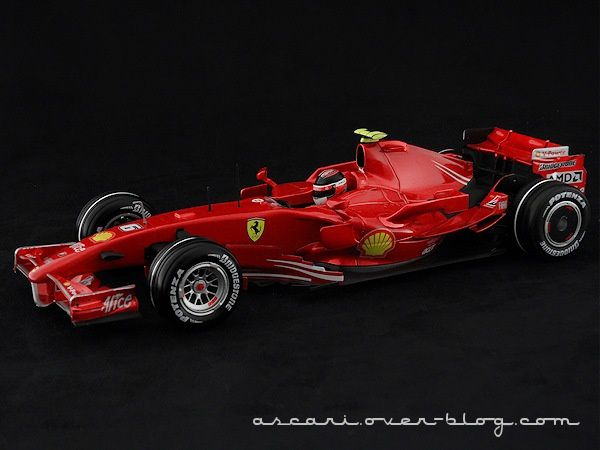 1-18 FERRARI F2007 RAIKKONEN HOT WHEELS 03