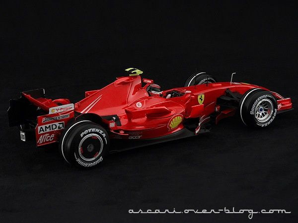1-18 FERRARI F2007 RAIKKONEN HOT WHEELS 04