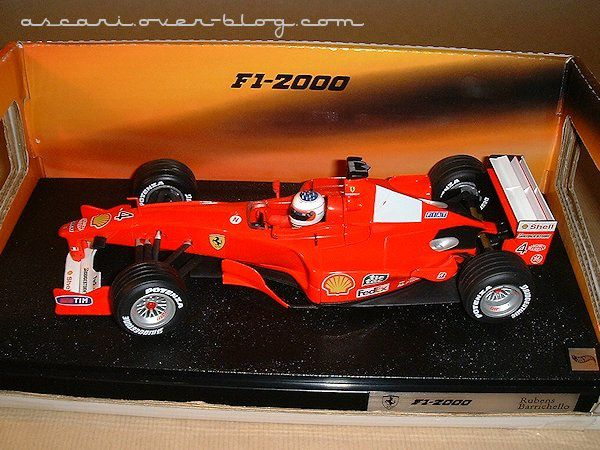 1-18 Ferrari F1-2000 Barrichello Hot Wheels