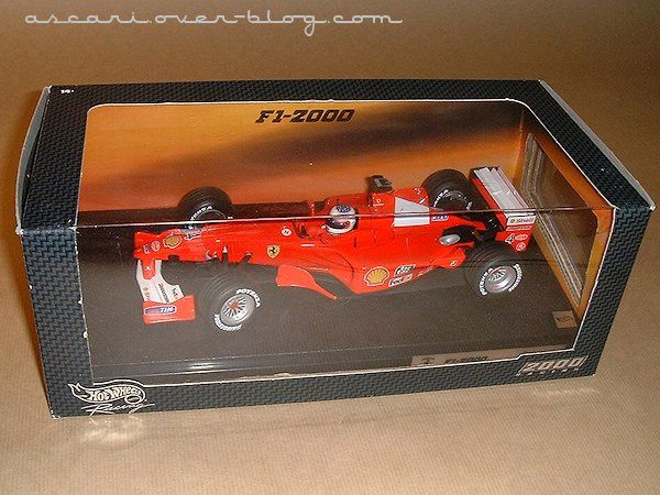 1-18 Ferrari F1-2000 Barrichello Hot Wheels1