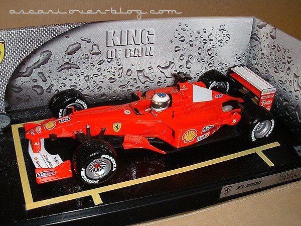 1-18 Ferrari F1-2000 King of rain Schumacher Hot Wheels 1