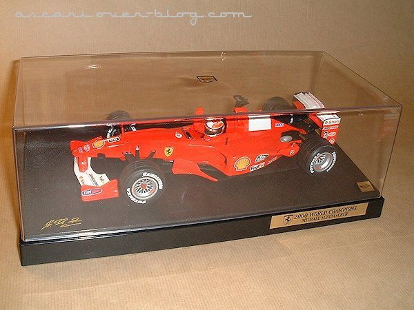 1-18 Ferrari F1-2000 N°1 Schumacher World Champion Hot Whe