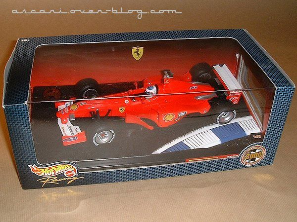 1-18 Ferrari F1-2000 presentation Barrichello Hot Wheels