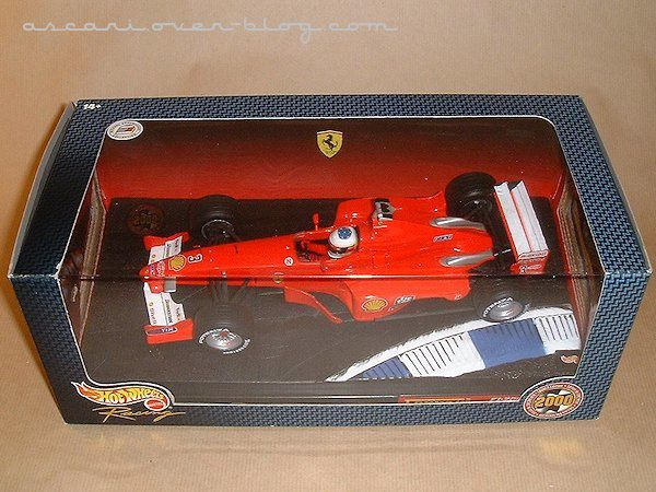 1-18 Ferrari F1-2000 presentation Schumacher Hot Wheels