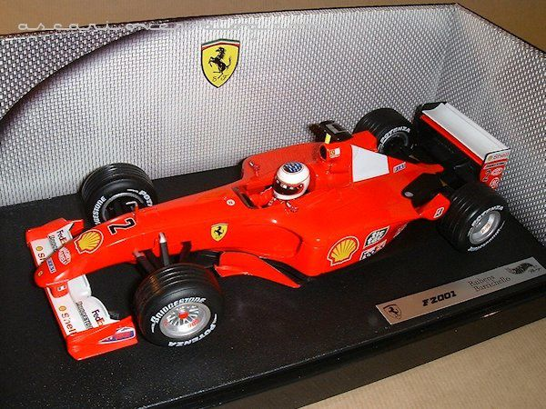 1-18 Ferrari F2001 Barrichello Hot Wheels 1