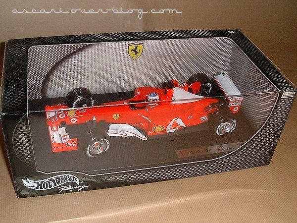 1-18 Ferrari F2003 GA Barichello Hot Wheels