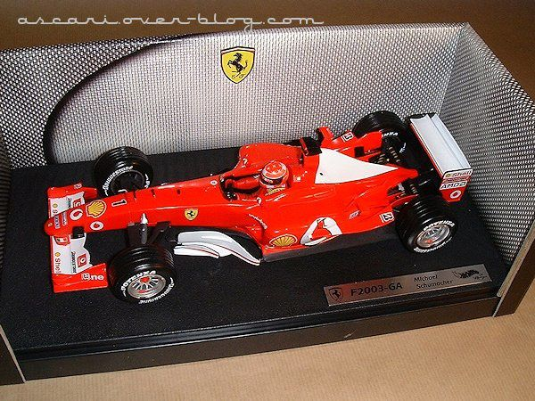 1-18 Ferrari F2003 GA Schumacher Hot Wheels 1