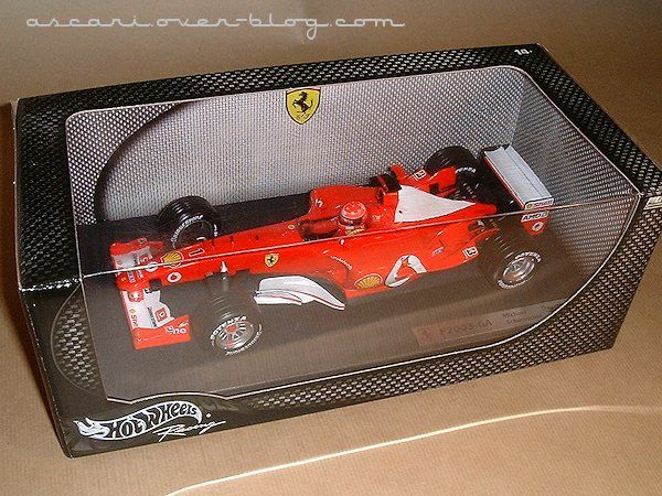 1-18 Ferrari F2003 GA Schumacher Hot Wheels