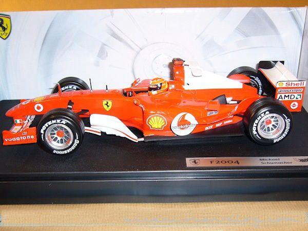 1-18 Ferrari F2004 Schumacher Hot Wheels 2