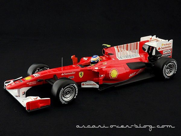 FERRARI F10 ALONSO 2010 HOT WHEELS 01