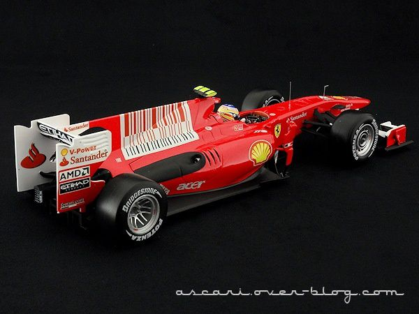 FERRARI F10 ALONSO 2010 HOT WHEELS 02