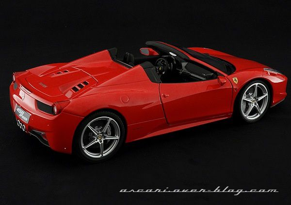 1-18 FERRARI 458 SPIDER ELITE 04