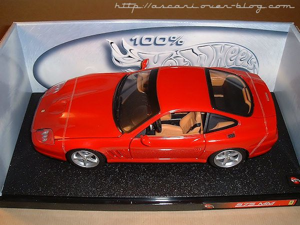 1-18-Ferrari-575-MM-Hot-Wheels1.jpg