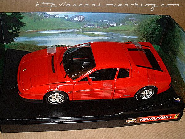 1-18 Ferrari Testarossa 84 Hot Wheels1