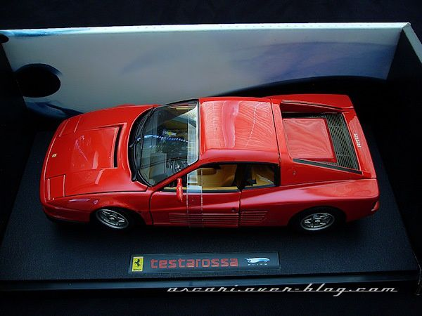 1-18 Ferrari Testarossa serie Elite Hot Wheels 3