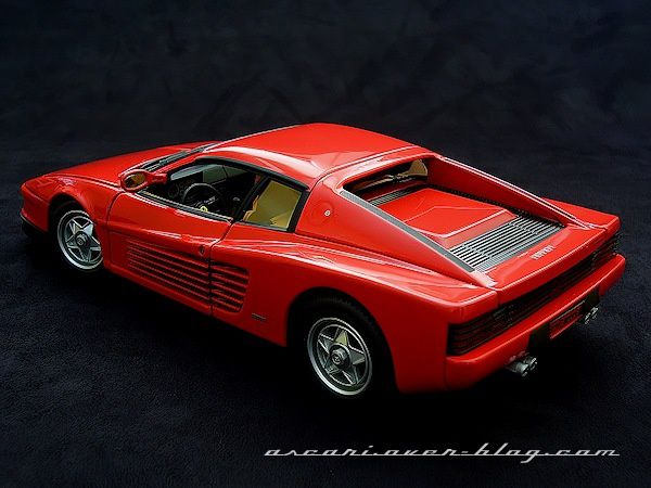 1-18 Ferrari Testarossa serie Elite Hot Wheels 5