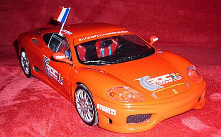 1-18-360-Challenge-Race-of-Champions-2004-Hot-Wheels-modifi-e.JPG