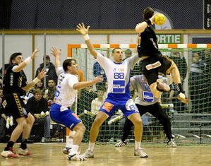 HAND-Chambery-Montpellier-photo-N--26--le-8-mars-2008.jpg