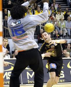 HAND-Chambery-Montpellier-photo-N--34-bis-le-8-mars-2008.jpg