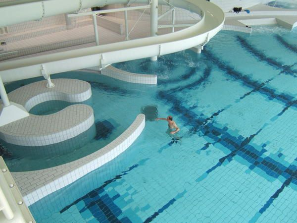 301 moved permanently for Piscine montbauron