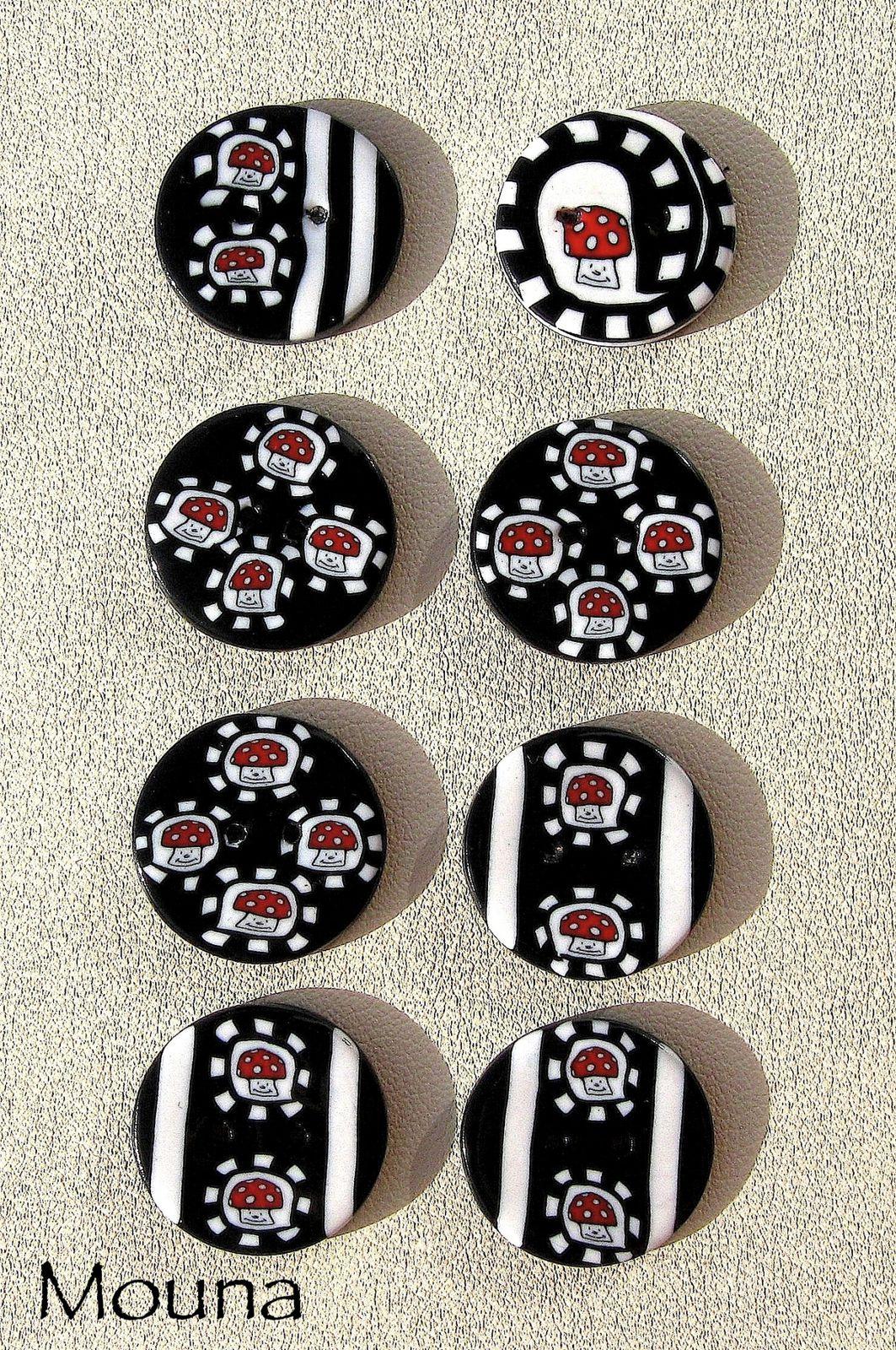 Tarifs: 50 cents à 1,50 euros le bouton (pour connaître le prix et la disponibilité, cliquez sur le bouton).