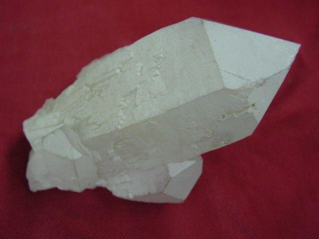 Madagascar-Fianarantosa-Quartz-laiteux-1A-10cms