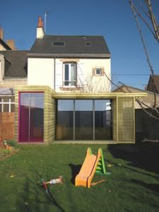 Extension en bois allegre bonandrini architectes dplg for Extension cuisine sur jardin